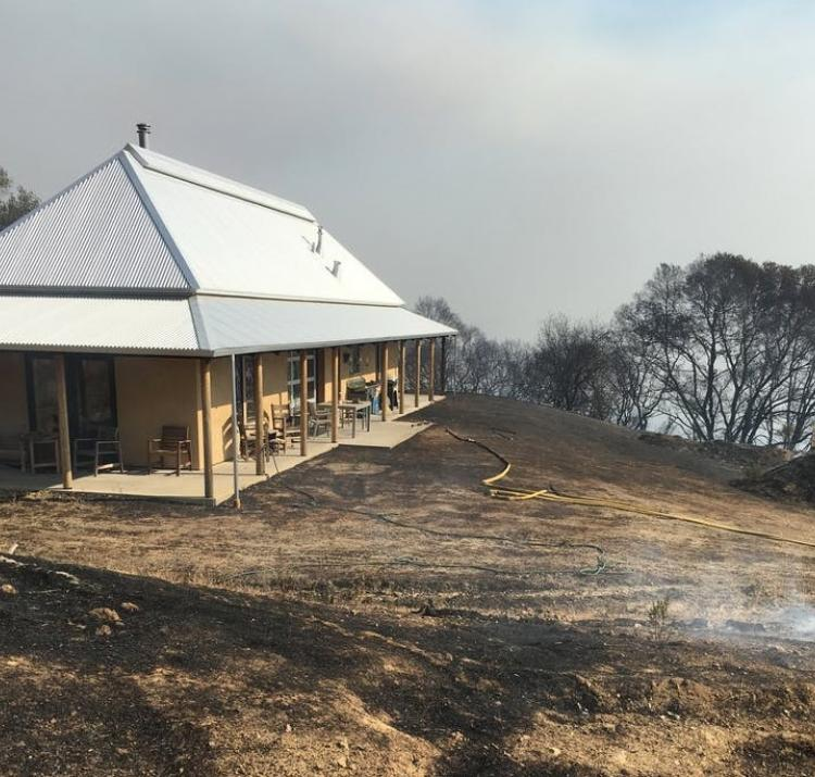 There are no guarantees in bushfires, but you can improve the odds your house survives a blaze. Photo: Edward Doody, Arkin Tilt Architects.