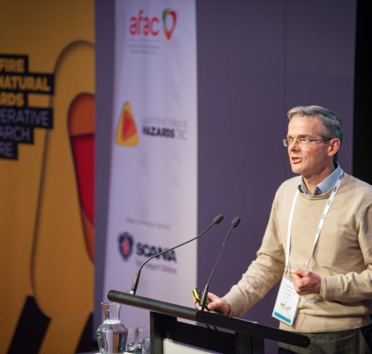Jeff Kepert presents at the 2014 Research Forum