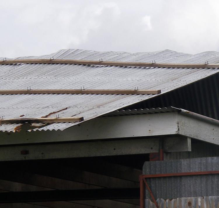 Roof damage - severe winds in Qld