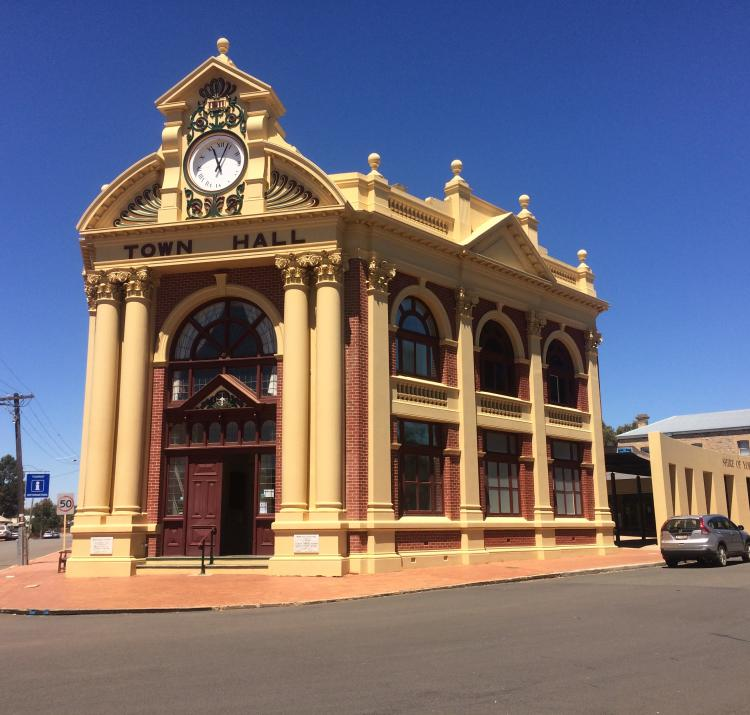 York Town Hall. Photo: Geoscience Australia