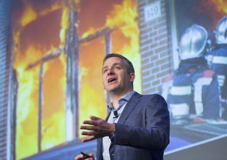 Bart van Leeuwen delivers his keynote address