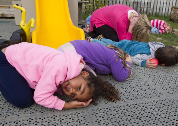 Children from East Harbour Kindergarten Eastbourne in New Zealand during the Shakeout Day earthquake drill. Image: Ross Giblin, Fairfax NZ