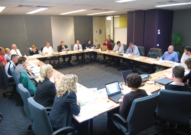Discussion amoung emergency management stakeholders. Photo credit: AFAC.