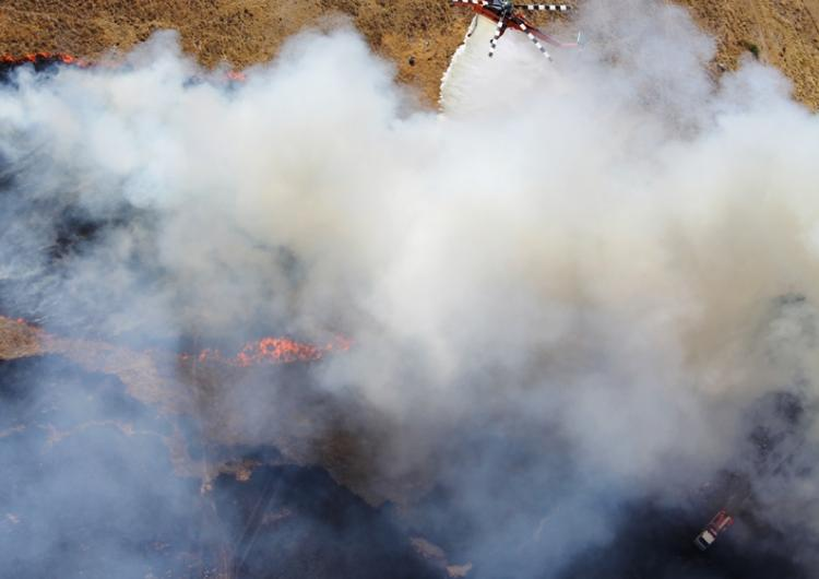 Prescribed burning used with aerial firefighting units. Credit CFA.