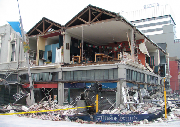 Damage to 2-storey URM retail buildings in the Christchurch September 2010 earthquake. Photo: MC Griffith