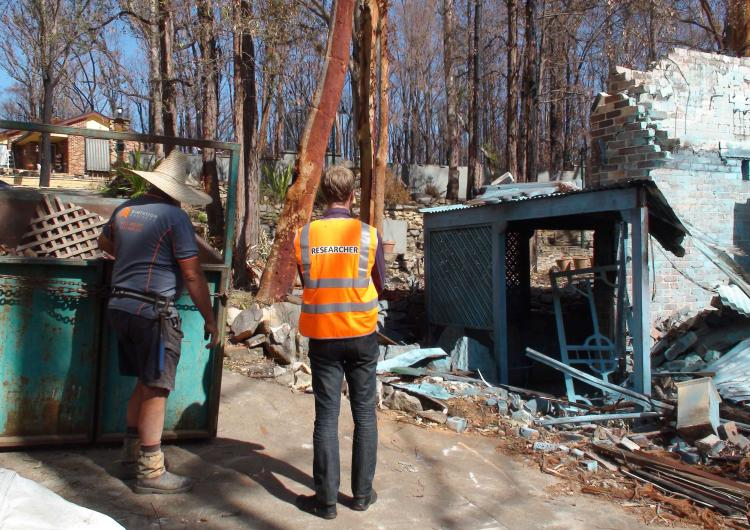 Undertaking research in the Blue Mountains after the October 2013 bushfires. Photo by NSW RFS.