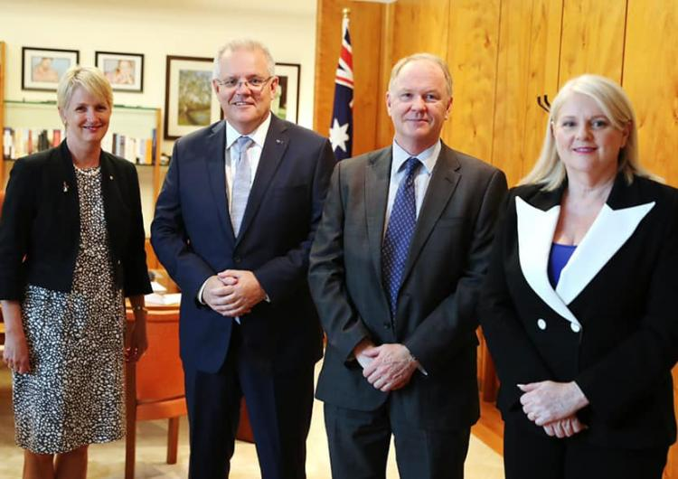 CRC Chair Dr Katherine Woodthorpe, Prime Minister Scott Morrison, CRC Research Director Dr John Bates and Minister for Industry, Science and Technology Karen Andrews.