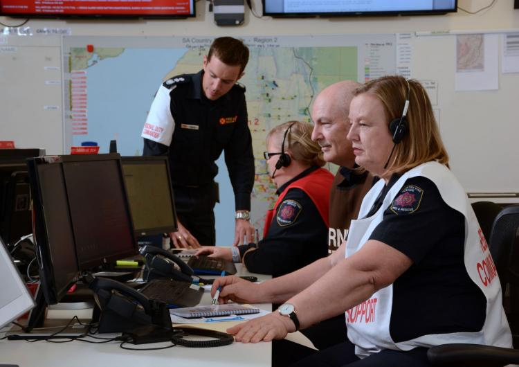 This research describes the Key Tasks Cognitive Aid, a new tool that can be used to support emergency management during a crisis. Photo: SA Country Fire Service.