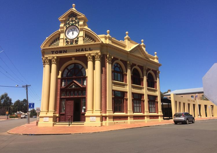 York Town Hall. Photo: Geoscience Australia