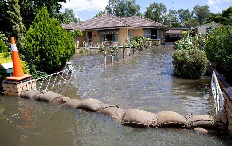 House inundated by flood water in Victoria. Photo credit: Victorian SES.