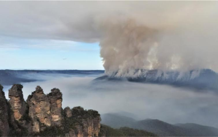 Prescribed burn at Mt Solitary in May 2018. Photo: Beth Koperberg