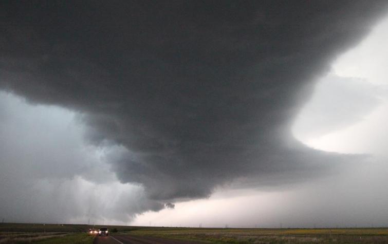 Wind and rain hazards. Photo: Harald Richter.
