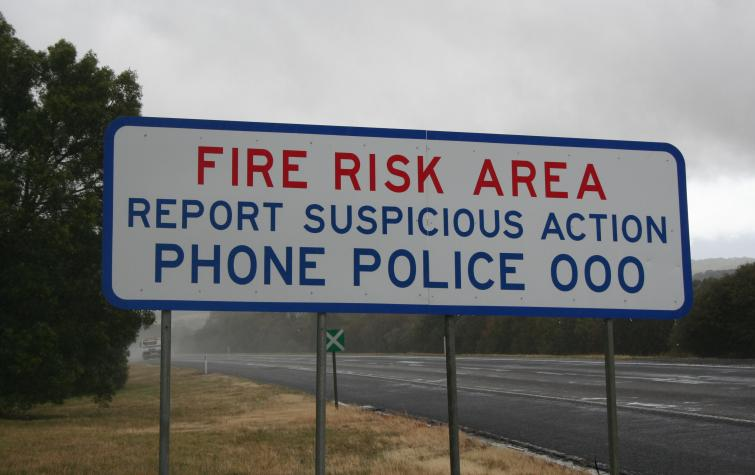 Fire risk warning sign. Photo: BNHCRC