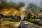 The Blue Mountains fires in 2013 have provided a wealth of research data that has helped RFS change their approach to bushfire safety. Photo by Gary P Hayes, supplied by NSW RFS.