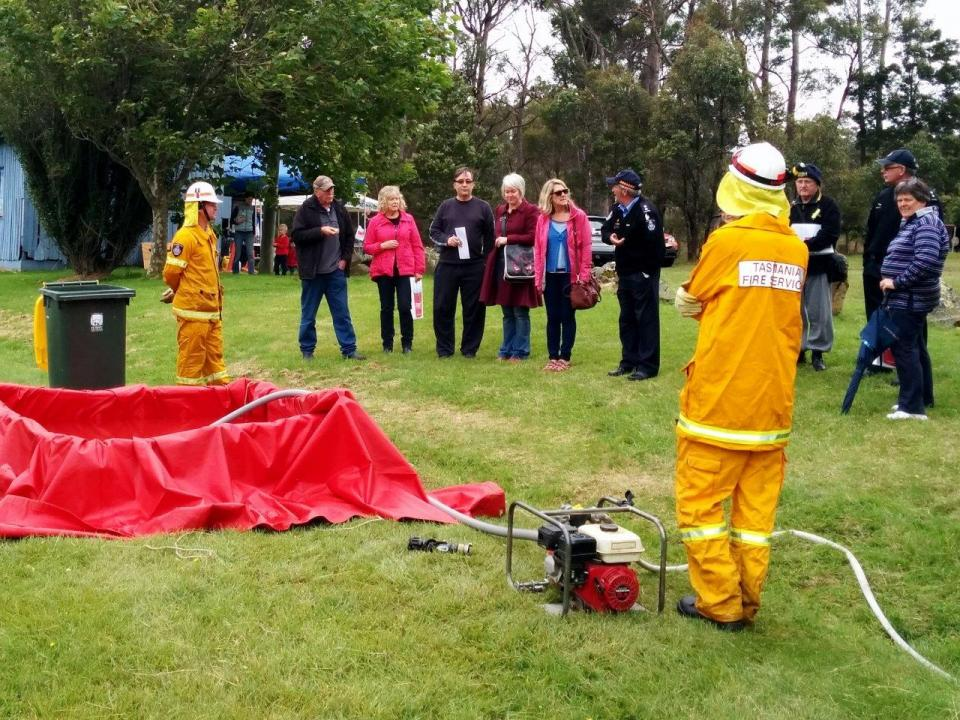 The TFS Bushfire Ready Neighbourhoods Program in action at the Leslie Vale Field Day.