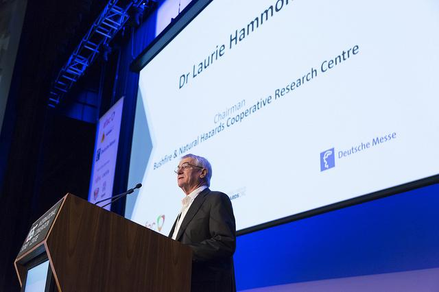 Dr Laurie Hammond at the 2017 Research Forum