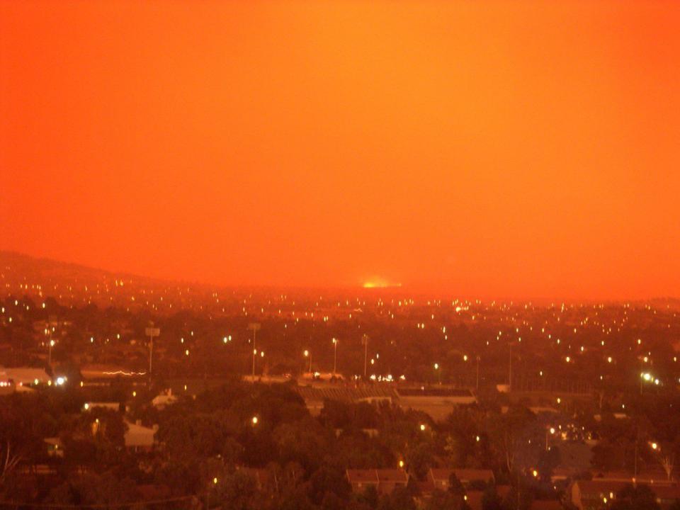 2003 Canberra bushfires. Photo: Wikimedia Commons