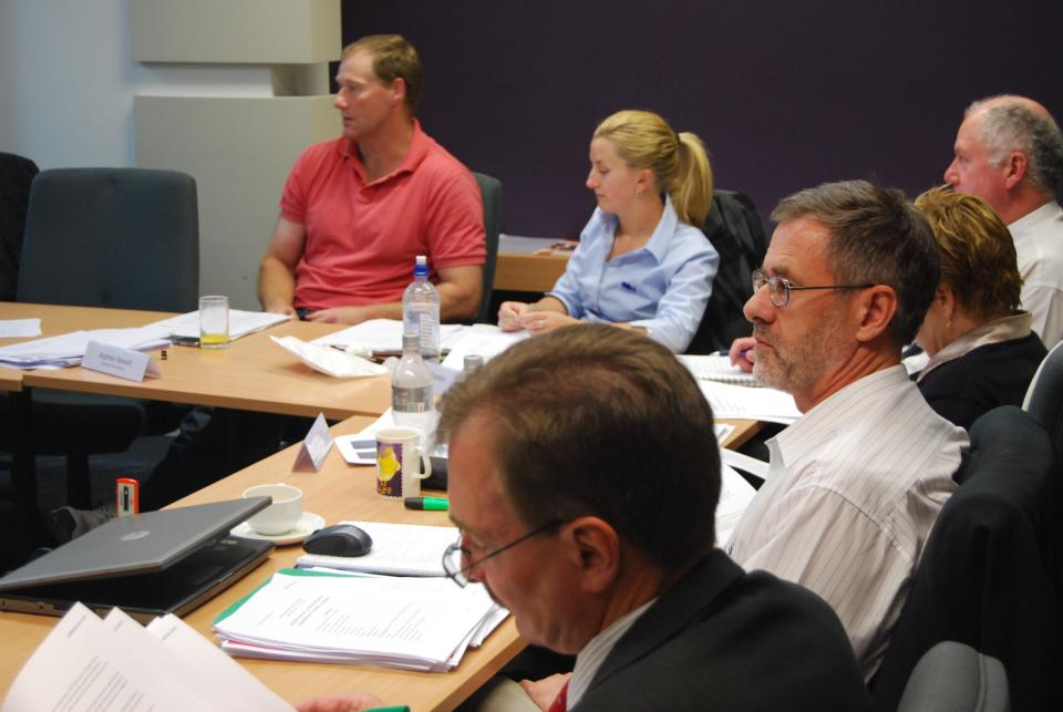 Discussion among emergency management stakeholders. Photo credit: AFAC.