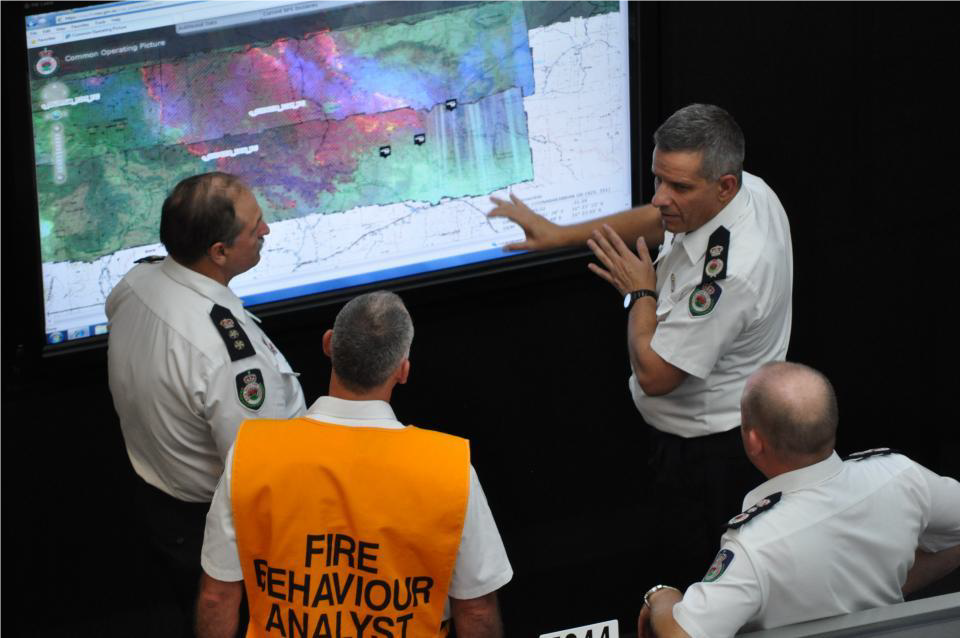 Decision making. Photo: NSW RFS