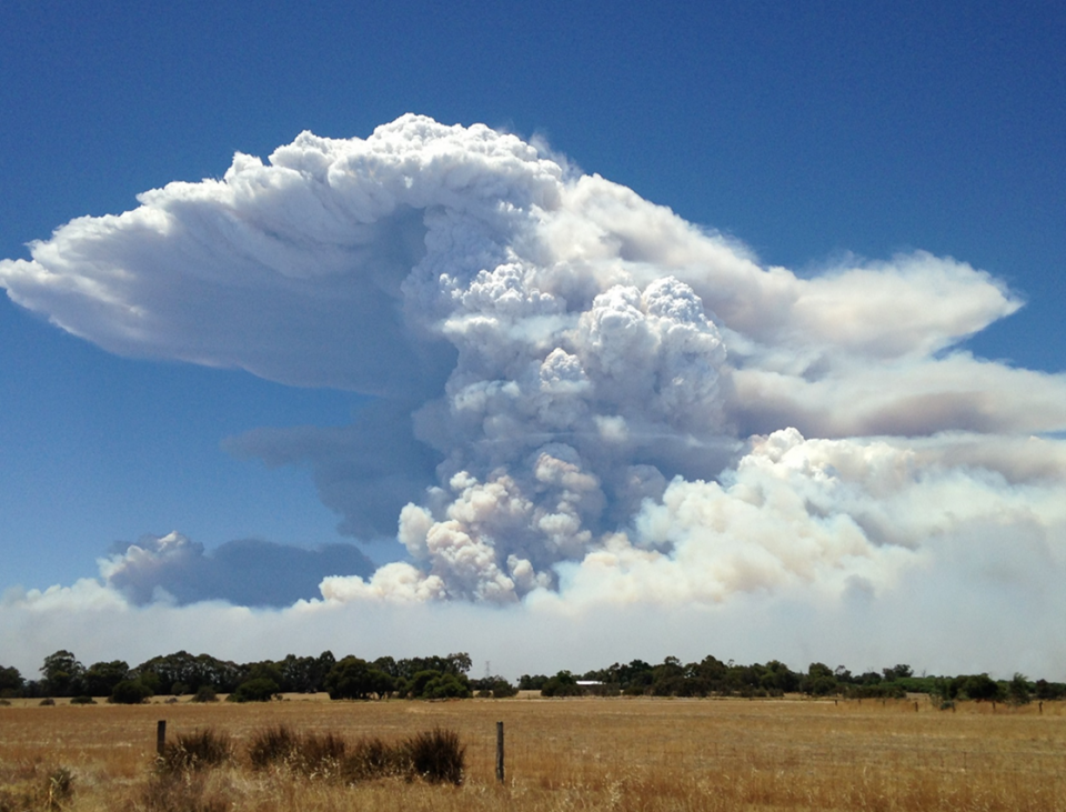Waroona fire. Photo: Neil Bennett, Bureau of Meteorology