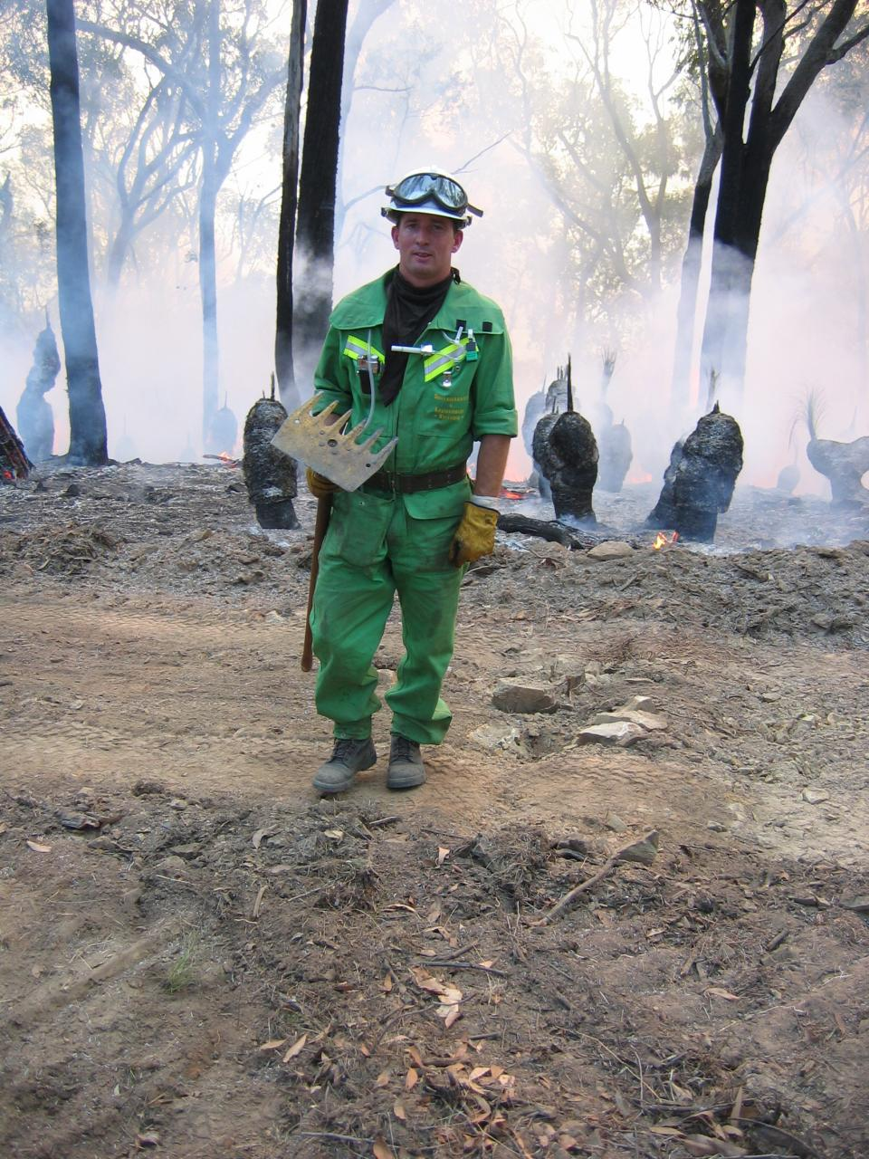 Controlled burning at the Wyeboo Reserve in the Tallangatta Valley