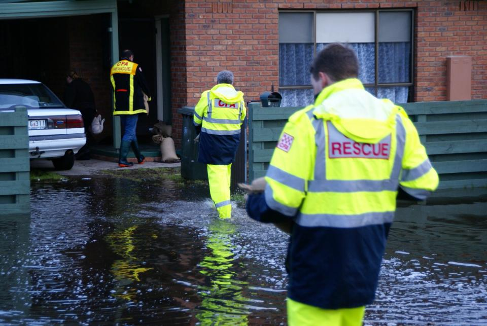 CFA assist flood affected residents