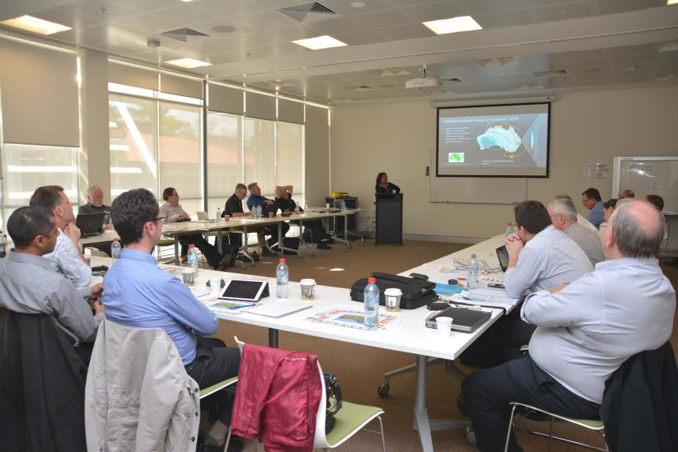 Fire weather experts and land managers discuss the upcoming southern bushfire season in Perth.