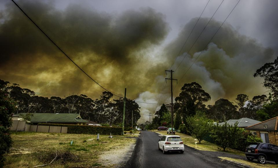 Mount Boyce fire. Photo by Gary P Hughes provided by NSWRFS