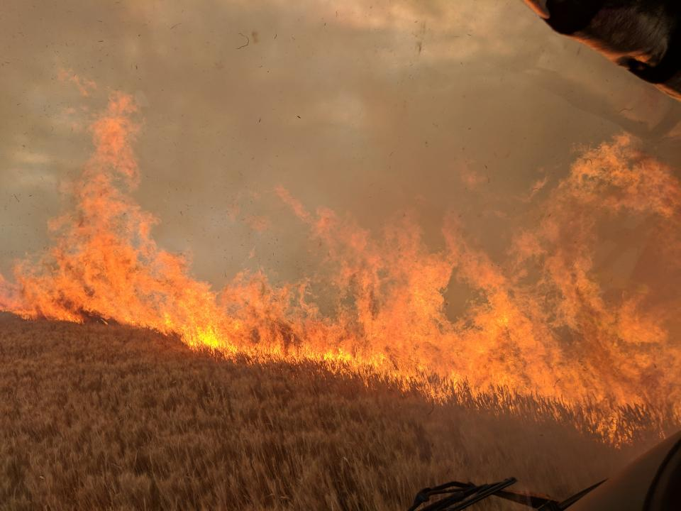 Minlaton cropfire. Photo: Stewart Germaine.