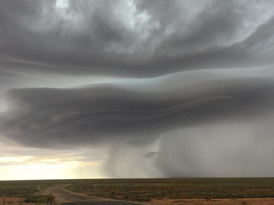 Thunderstorm through Woomera, SA tracking across the Eyre Peninsula toward Adelaide in 2016. Photo: Bureau of Meteorology SA