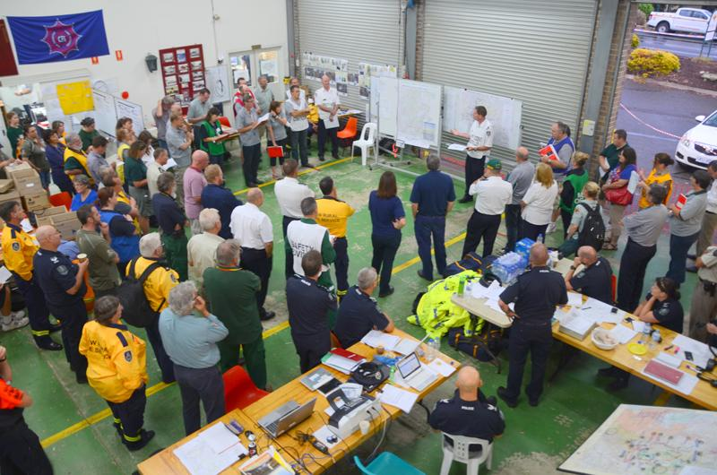 Incident management during the 2015 Sampson Flat fire in South Australia. Photo Mark Thomasson, CFS