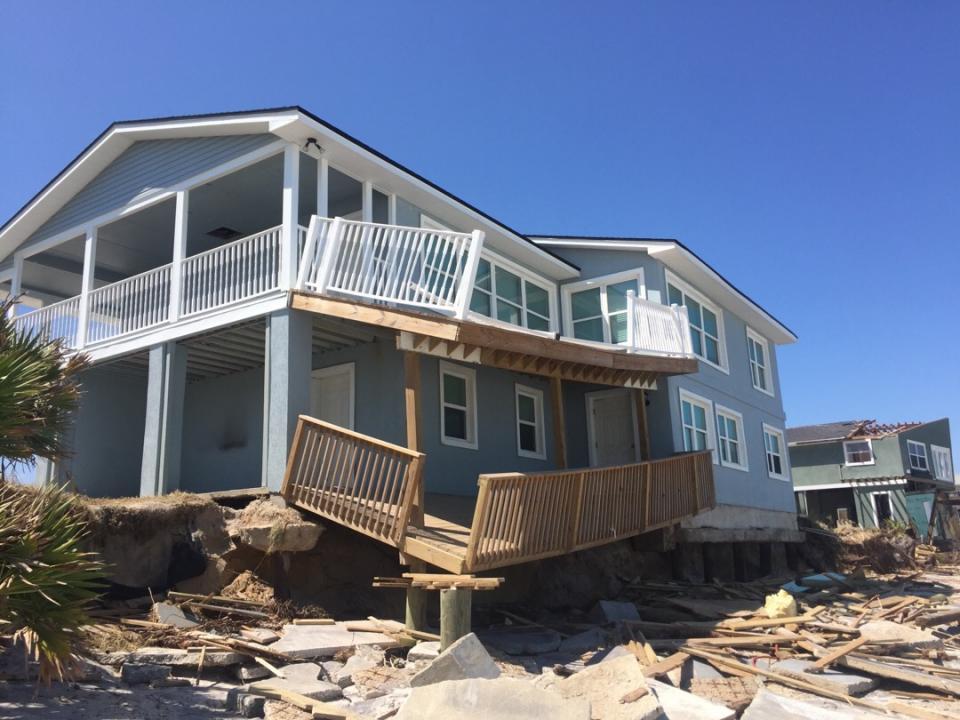 International Team Investigates Hurricane Irma Bushfire